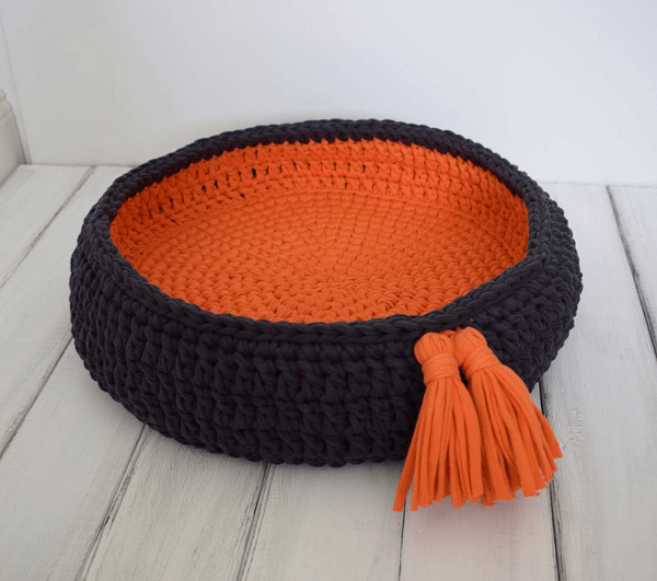 Crochet Cat Bed Basket Pattern by Crochet With Soul Co