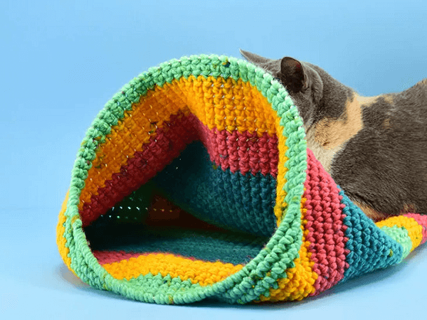 Crochet Cat Nest Pattern by Dream A Little Bigger