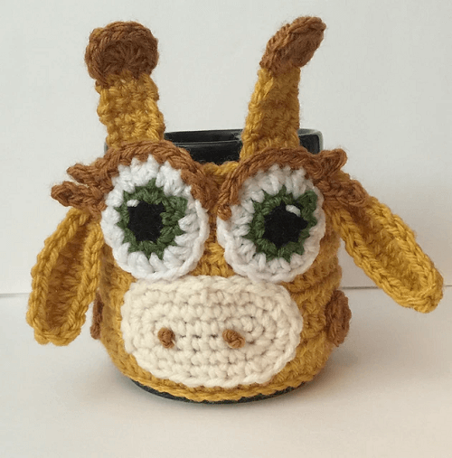 Crochet Giraffe Coffee Cup Cozy Pattern by Katerina Cohee