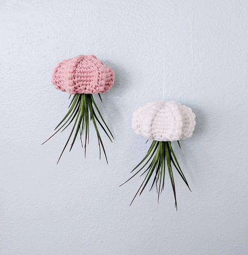 Crochet Jellyfish Air Planter Pattern by Hello Happy