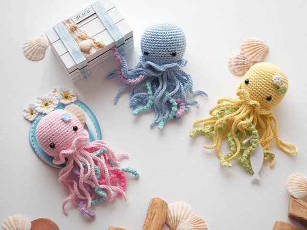 Crochet Jellyfish Pattern by R Nata