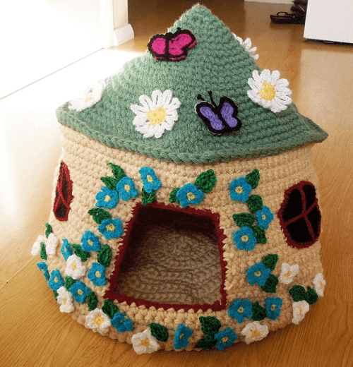 Fairy Tale Cat Cave Crochet Pattern by Sarah Taylor Designer