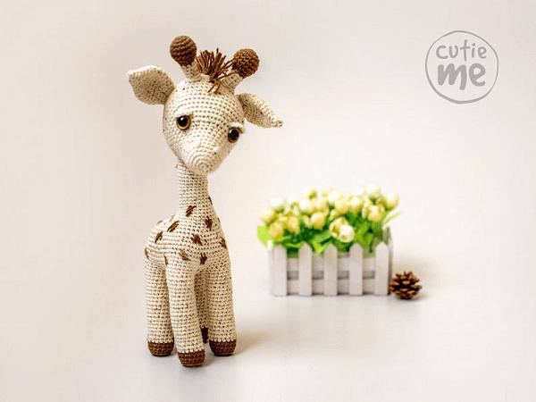 Amigurumi Giraffe Crochet Pattern by Cutie Me Store