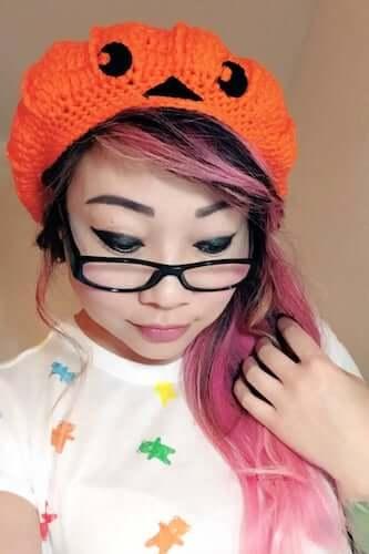 Pumpkin Jack-o-lantern Slouchy Beret Hat Crochet Pattern by Twinkie Chan