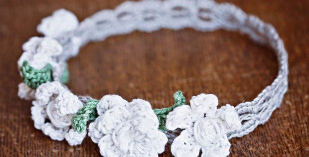 dainty crochet flower pattern for headband