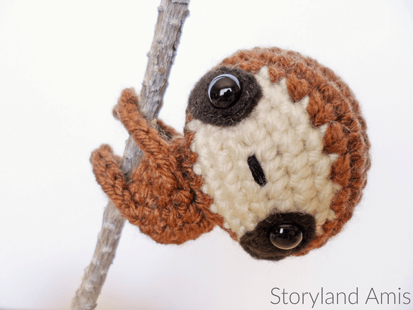 Baby Sloth Crochet Pattern by Storyland Amis