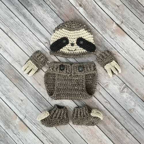 Baby Sloth Outfit Crochet Pattern by Baby Baum Boutique