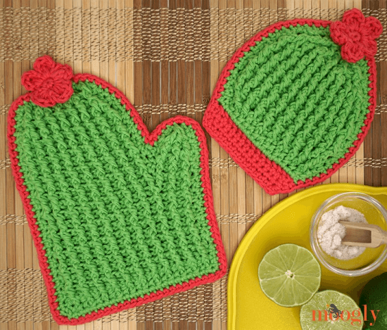 Crochet Cactus Potholders Pattern by Moogly
