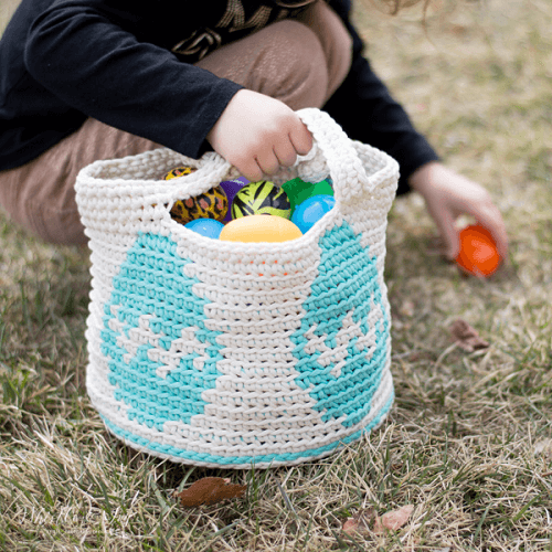 Crochet Easter Egg Basket Pattern by Whistle And Ivy