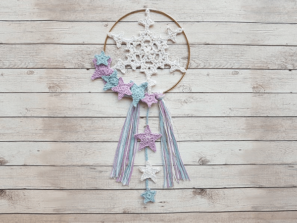 Crochet Winter Dream Catcher Pattern by Crafty Cruella Shop