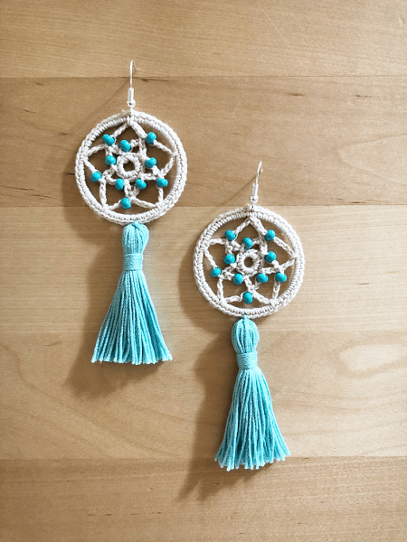Dream Catcher Earrings Crochet Pattern by Chalia's Craft