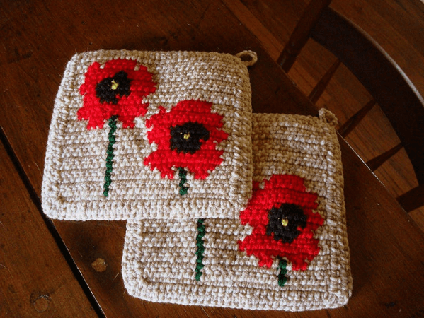 Poppies Pot Holder Crochet Pattern by Hoooker