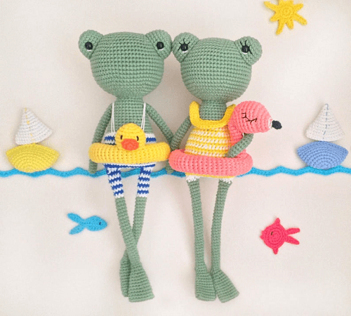 Betty And Bob Frogs Amigurumi Pattern by Amigurumi By Guli