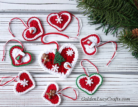 Christmas Hearts Crochet Pattern by Golden Lucy Crafts