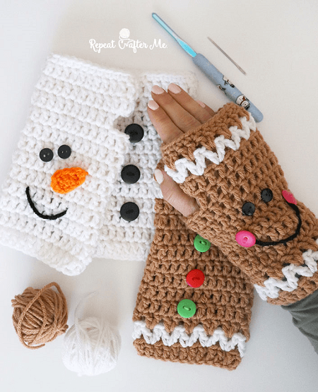 Crochet Christmas Fingerless Gloves Pattern by Repeat Crafter Me