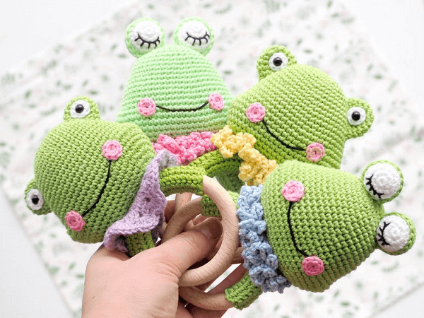 Crochet Frog Rattle Pattern by R Nata