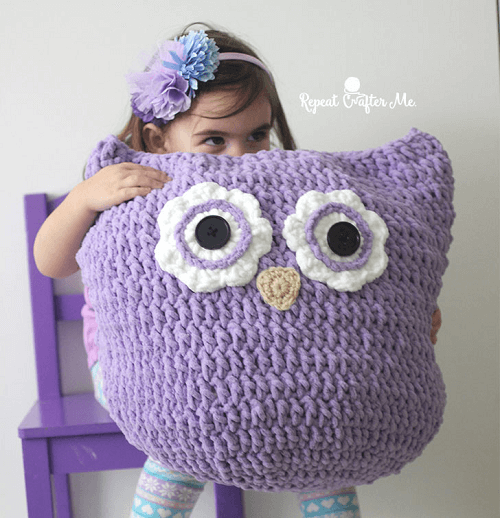 Crochet Oversized Owl Pillow Pattern by Repeat Crafter Me