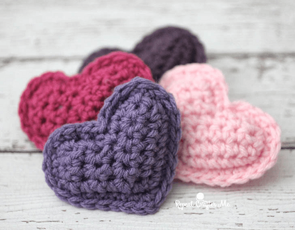 Crochet Puffy Hearts Pattern by Repeat Crafter Me