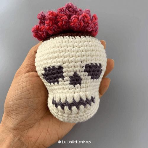 Crochet Skull Planter Pattern by Lulu's Little Shop