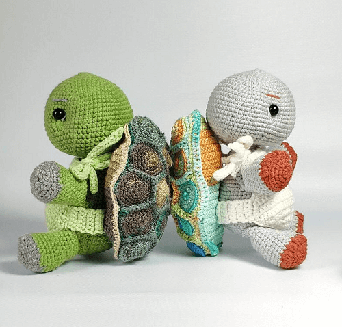 Crochet Turtle Pattern by Toysneed