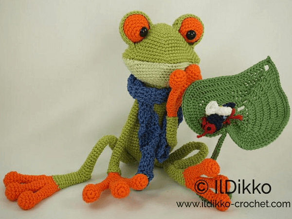 Fred The Frog Amigurumi Pattern by Il Dikko