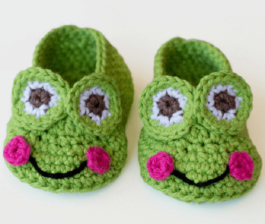 Frog Baby Booties Crochet Pattern by Hopeful Honey