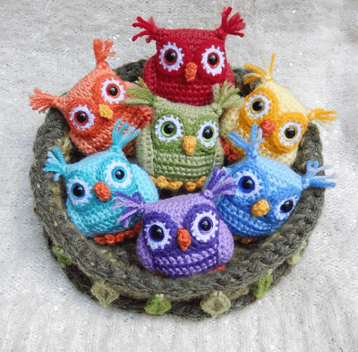 Nesting Baby Owls Crochet Pattern by Moji Moji Design