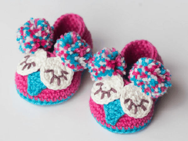 Owl Baby Booties Crochet Pattern by Hopeful Honey