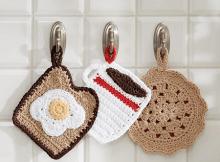 Pot Holder Diner Trio Crochet Pattern by Yarnspirations