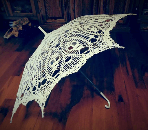 Parasol Skull Crochet Pattern by Creative Works By Annie