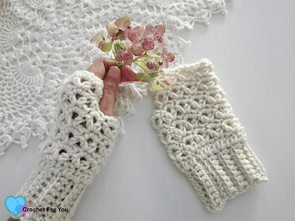 Winter Fingerless Gloves Crochet Pattern by Crochet For You