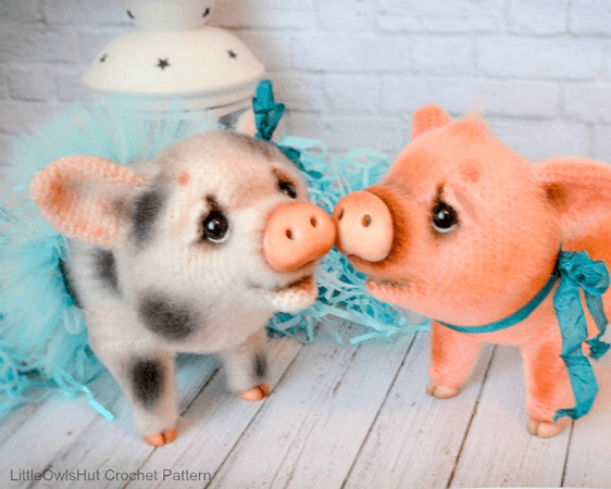 Amigurumi Pig Crochet Pattern by Little Owls Hut