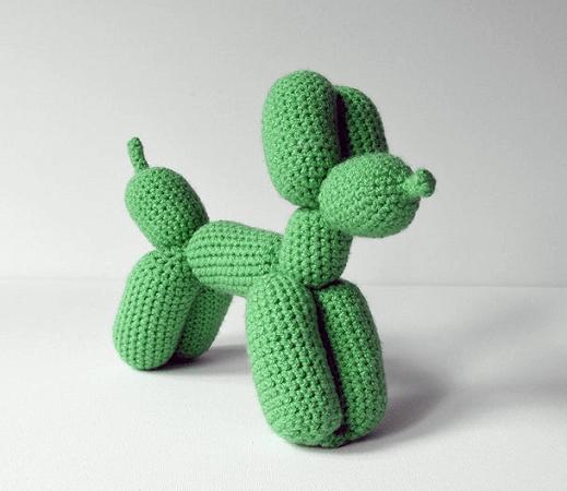 Balloon Dog Crochet Pattern by Vliegende Hollander