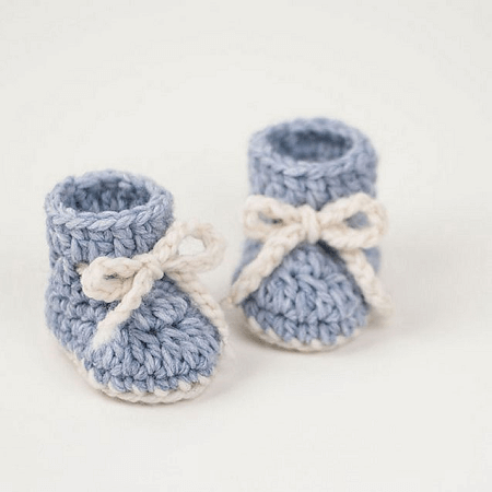 Crochet Baby Booties Winter Snowflake Pattern by Croby Patterns