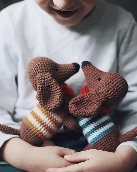Crochet Dachshund Dog Pattern by Sweet Patterns Lab