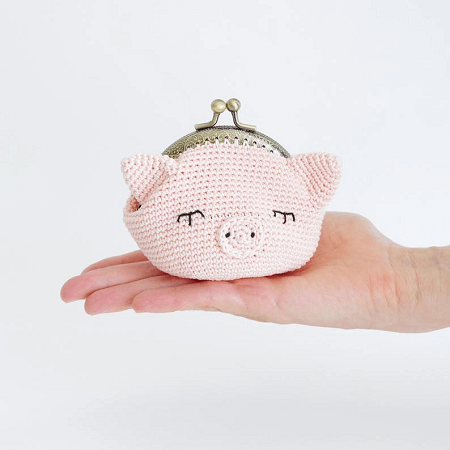 Crochet Pig Purse Pattern by Mad Toy Maker