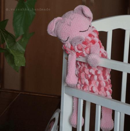 Crochet Pig Toy Pattern by Favorite Plush Toys