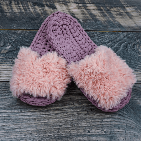 Crochet Slippers Pattern For Beginner by Knitz N Purlz