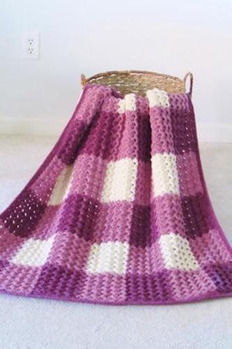 Crystal Waves Gingham Blanket Crochet Pattern by Crochet Dreamz