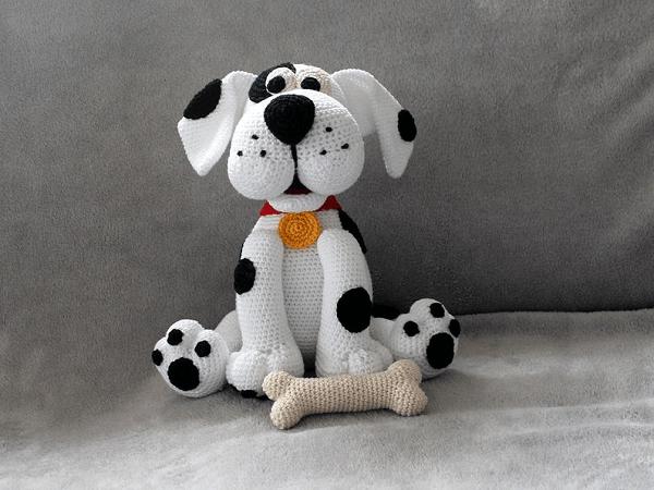 Dotty The Dog Crochet Pattern by Maschefuer Masche