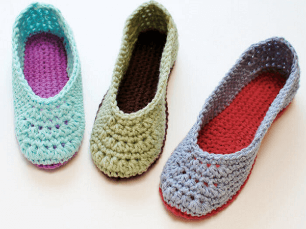 Free Crochet Slipper Pattern by Petals To Picots