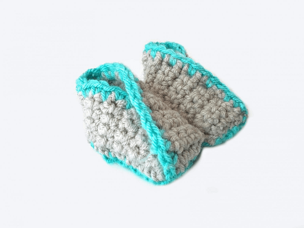 Kimono Baby Booties Crochet Pattern by The Blue Elephants