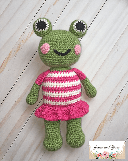 Mia, The Frog Free Crochet Pattern by Grace And Yarn