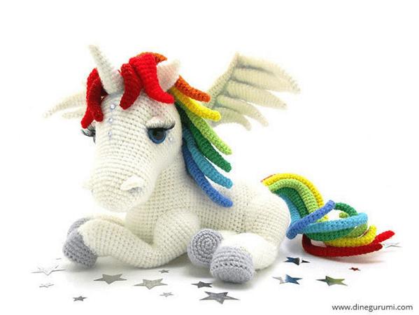 Rainbow Unicorn Crochet Amigurumi Pattern by Dinegurumi