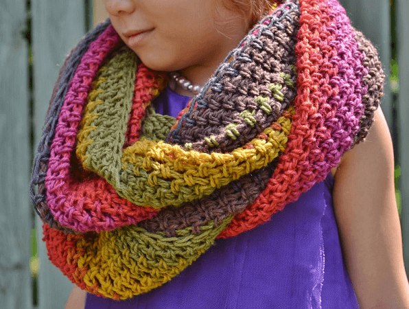 Sugar Shack Infinity Scarf Crochet Pattern by While They Dream