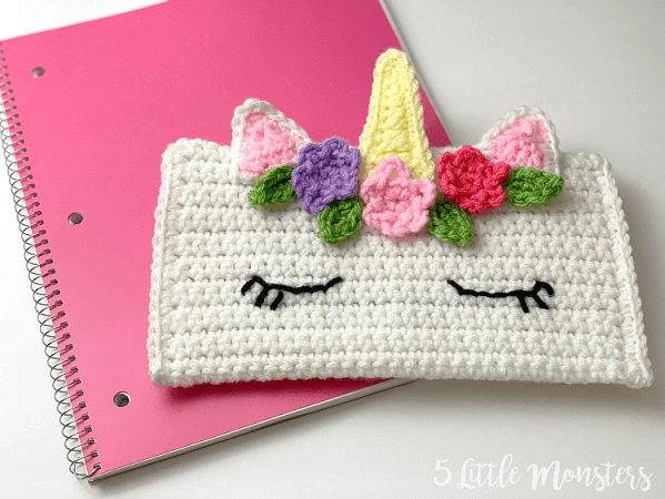 Unicorn Pencil Bag Crochet Pattern by 5 Little Monsters