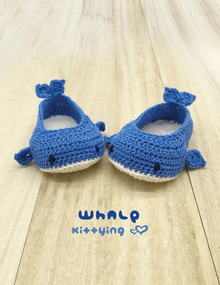 Whale Baby Booties Crochet Pattern by Meinuxing
