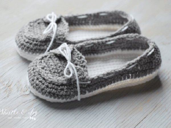Women's Boat Slippers Crochet Pattern by Whistle And Ivy