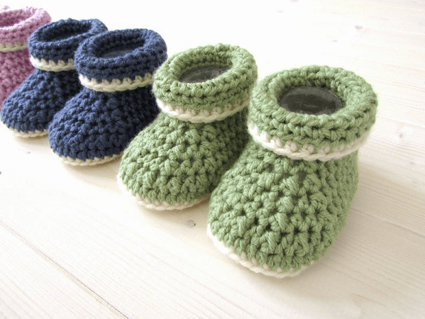 Beginners Crochet Cuffed Baby Booties Pattern by Wooly Wonders Crochet