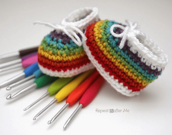 Crochet Rainbow Baby Booties Pattern by Repeat Crafter Me